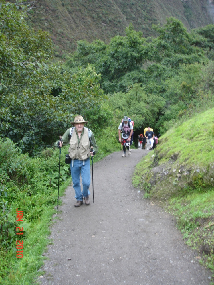 Inca Trail, Day Two: Dead Woman's Pass! (5/6)