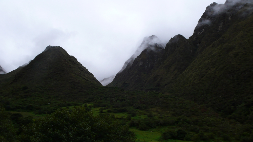 Inca Trail, Day Two: Dead Woman's Pass! (6/6)