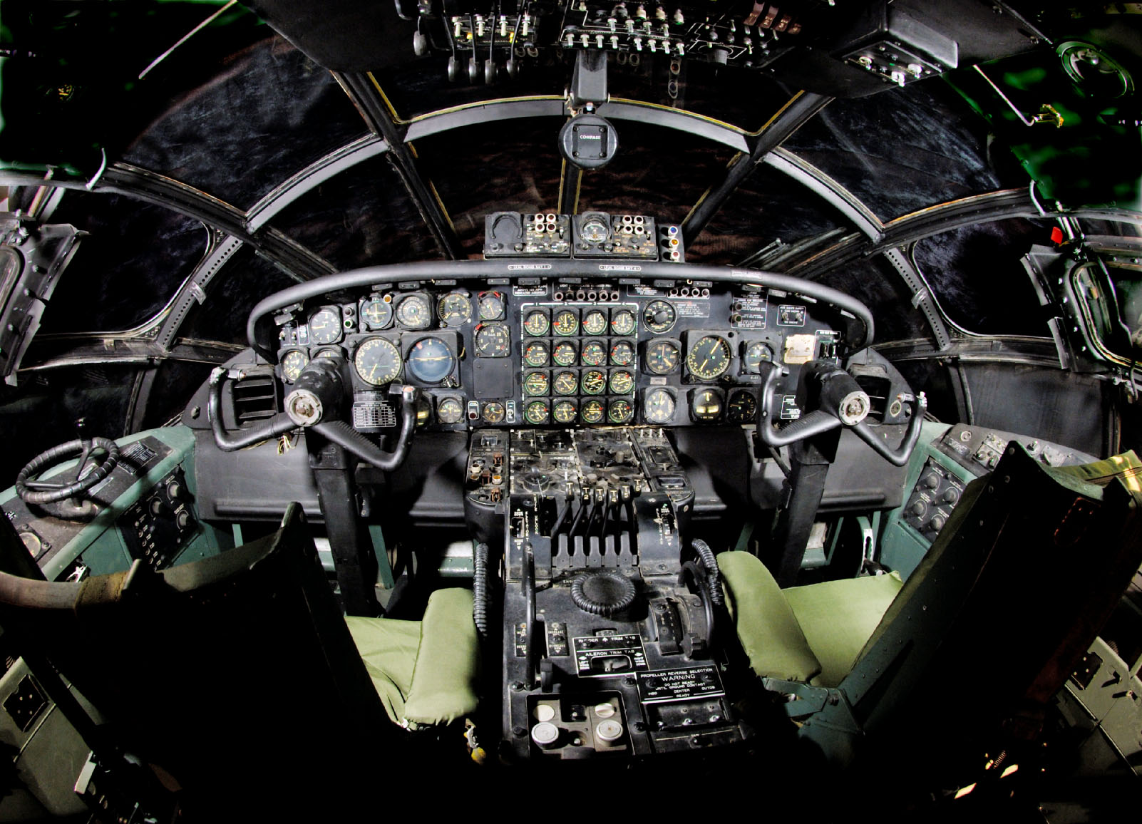 B 29 interior photos The Hindenburg's Interior: Passenger Decks t