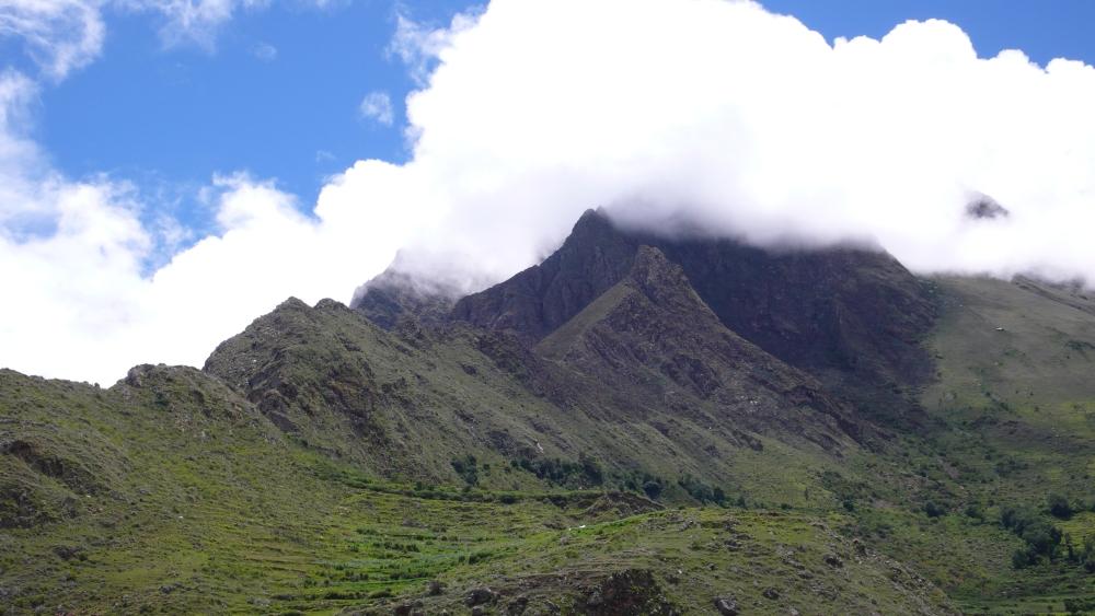 Inca Trail Day One, a Mystery: Llactapata or Patallacta? (4/6)